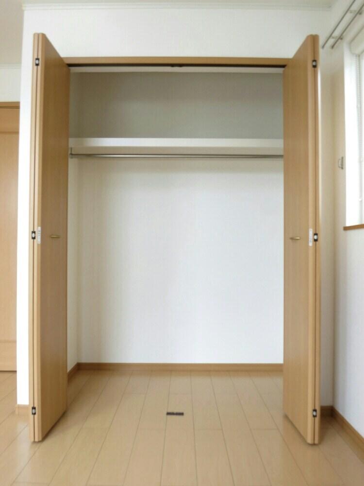 プランドールA 02030号室の収納