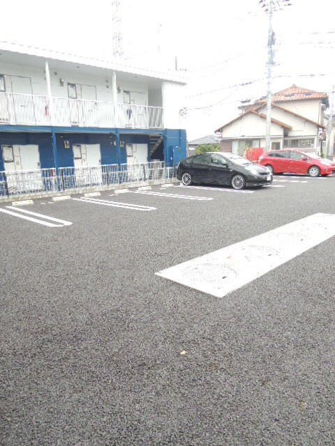 ミドルA 02020号室の駐車場
