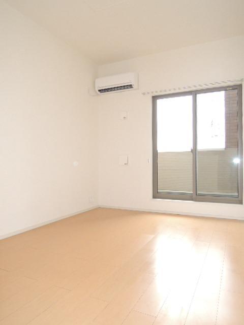 ミドルA 02020号室のリビング