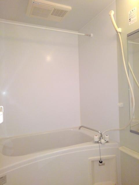 ソレアードナカノⅡ 02020号室の風呂