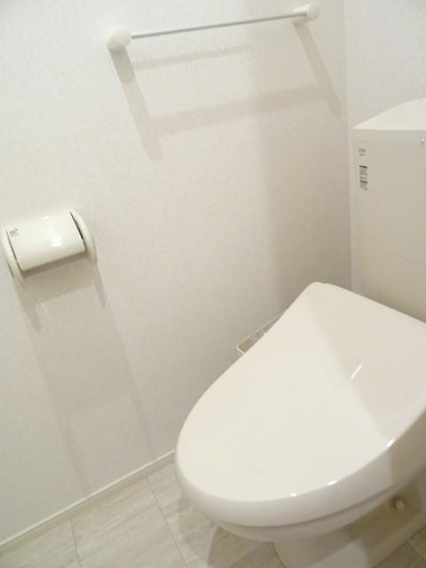 サンセットリーフ 02010号室のトイレ