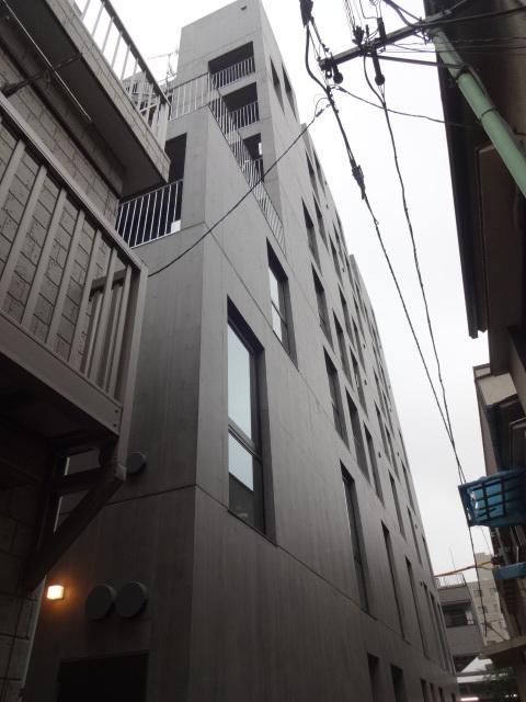corte 302号室の外観