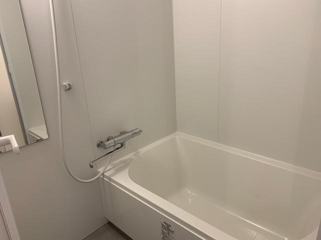 corte 302号室の風呂