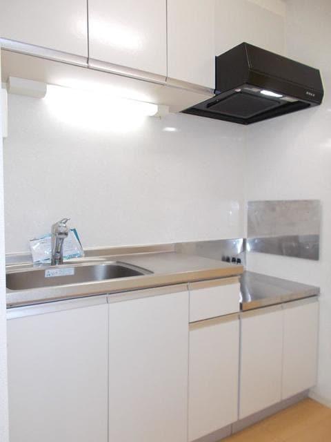 メゾン サンリル 03010号室のキッチン