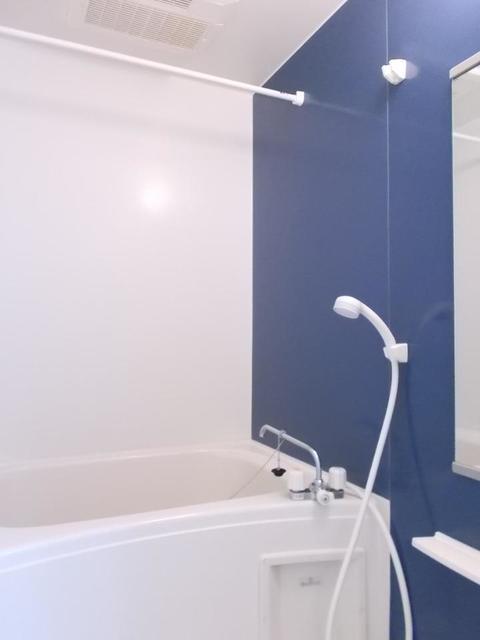 メゾン サンリル 03010号室の風呂