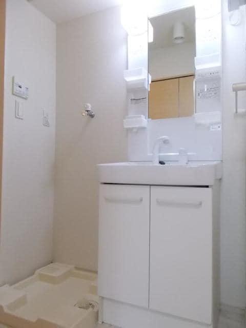 メゾン サンリル 03010号室のトイレ