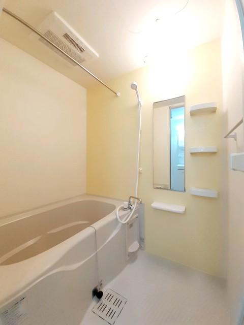 ケー・ビー・アイ Ⅰ 02040号室の風呂