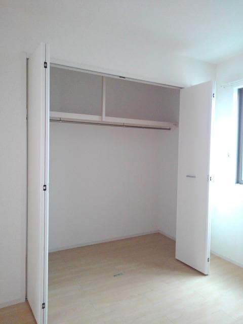 プティット フルール Ⅰ 01050号室の収納