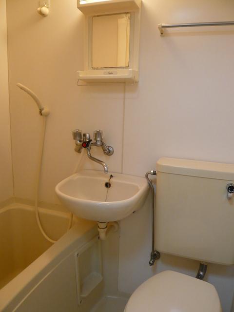 エクレイル国立 206号室の風呂
