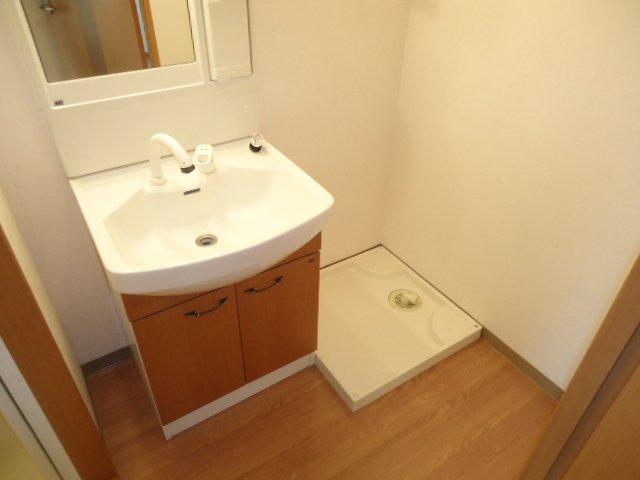 アクアサイド 101号室の洗面所