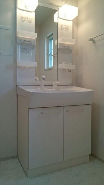 メゾン・グラート 02060号室のトイレ