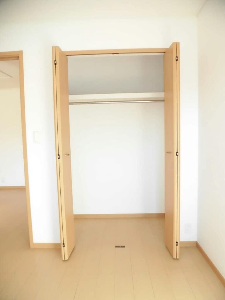 アンヴィラージュ C 01030号室の収納