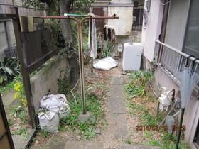 御殿山三宅フラッツ 101号室の玄関
