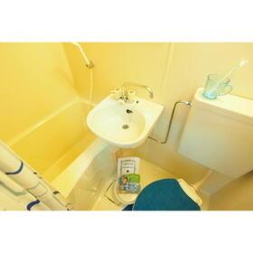 サン・リバティー 101号室の風呂