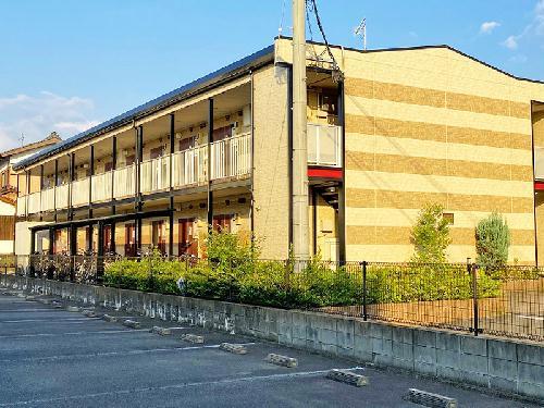 レオパレスポラール弐番館の外観