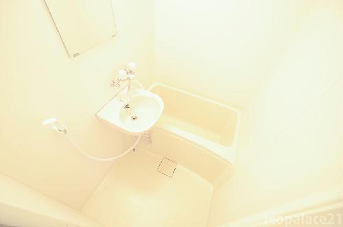 レオパレスサンヒル樋井川 207号室の風呂