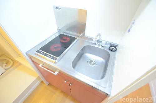 レオパレスサンヒル樋井川 104号室のキッチン