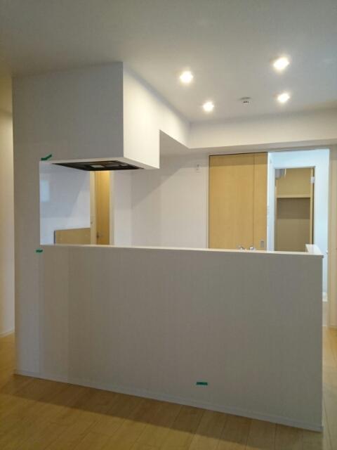 バードマウンテン ソレイユ 01040号室のキッチン