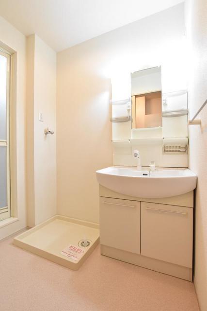 ヒマソール 01010号室の洗面所
