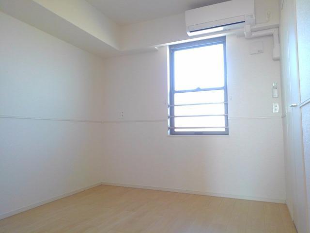エクセレント・ヴィラ今泉B 02020号室のベッドルーム
