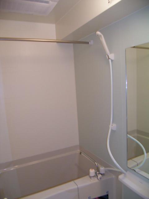 春日サンコービル 02010号室の風呂