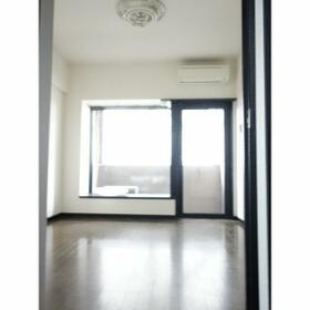 ポルグラシア大手門 702号室のキッチン