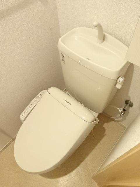 プリムヴェール 02020号室のトイレ