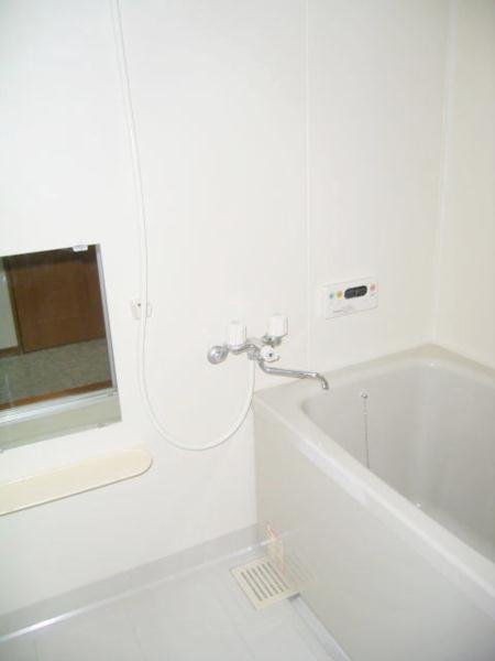 ラフィーネ・プロムナードD 02020号室の風呂