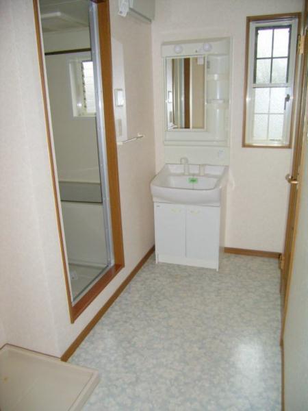 ラフィーネ・プロムナードD 02020号室の洗面所