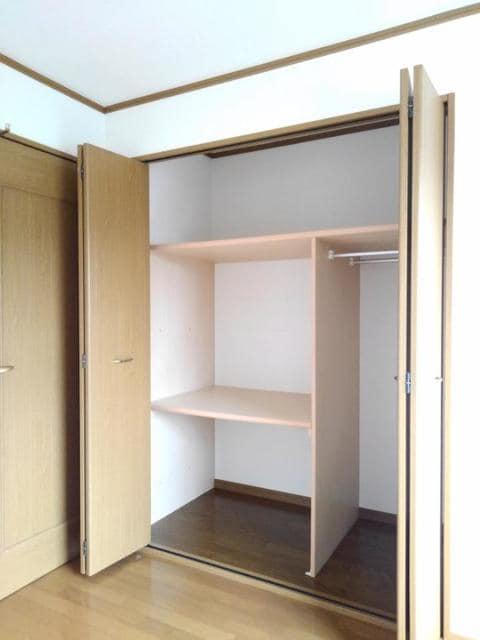 ラフィーネ・プロムナードD 02020号室の収納