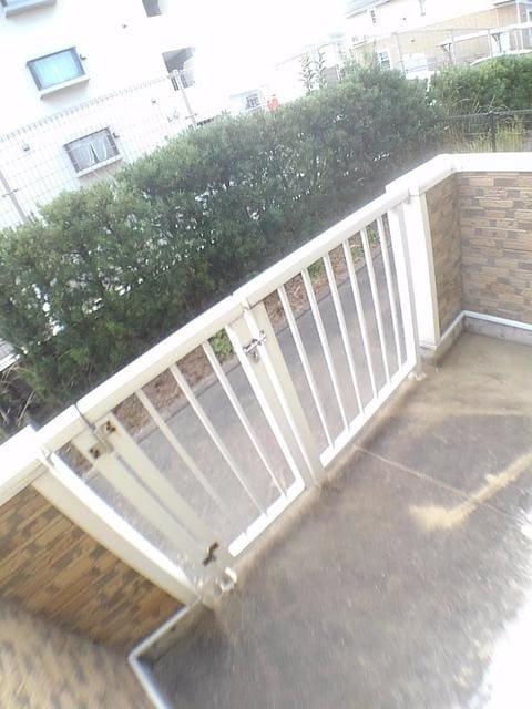 リバー・イースト・飯倉C 01020号室のバルコニー