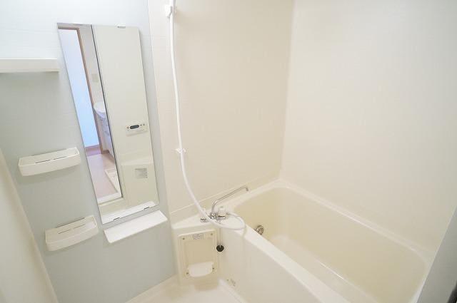 山王ハウス E 03030号室の洗面所