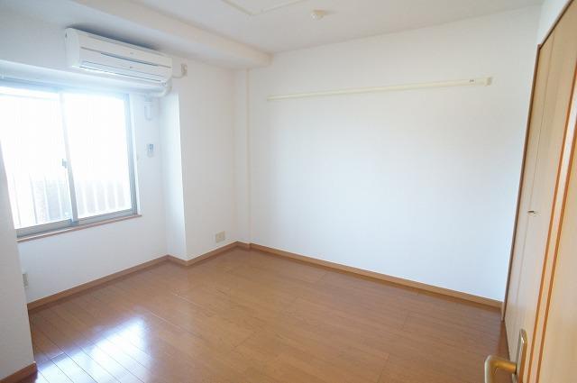山王ハウス E 03030号室の収納