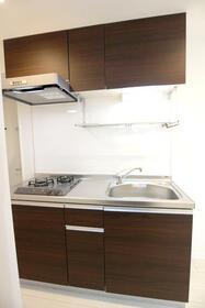 クオーレ朝霞 201号室のキッチン