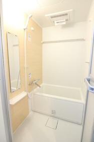 クオーレ朝霞 201号室の風呂