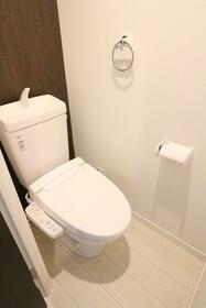 クオーレ朝霞 201号室のトイレ