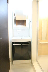クオーレ朝霞 201号室の洗面所