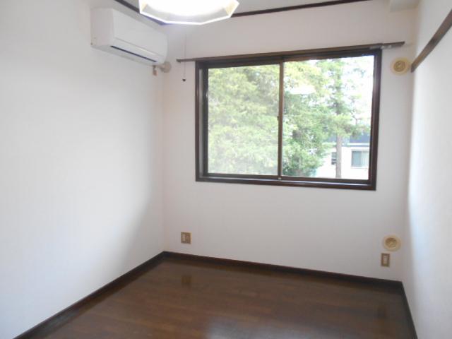 メゾンセントピア 105号室のリビング