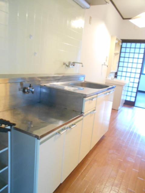 メゾンセントピア 105号室のキッチン