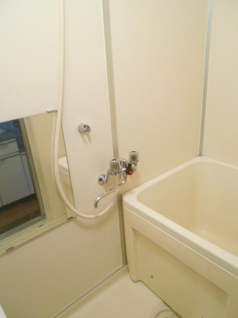 メゾンセントピア 105号室の風呂