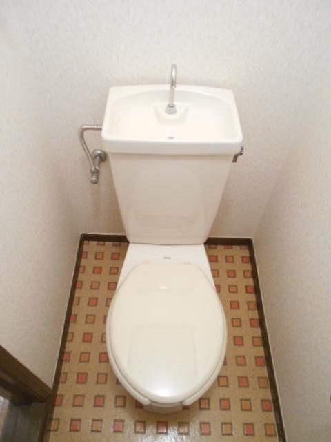 メゾンセントピア 105号室のトイレ