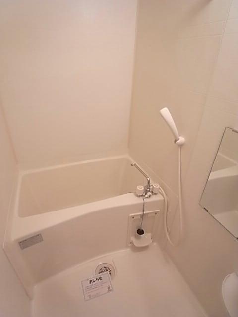 サニーヤード 01030号室の風呂