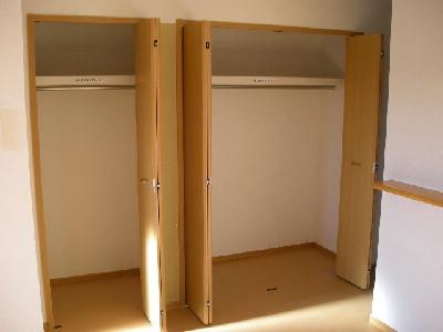 ソル・レヴェンテⅡA 02030号室の収納