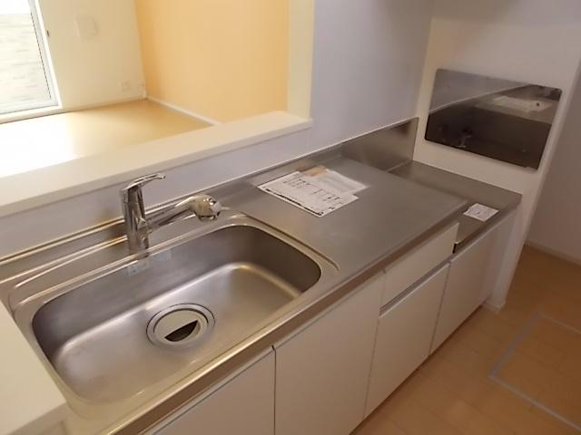 グレース・ヴィラ 弐番館 01030号室のキッチン