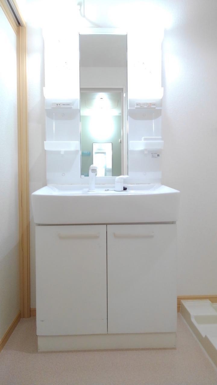 プライム パレス 02040号室の洗面所