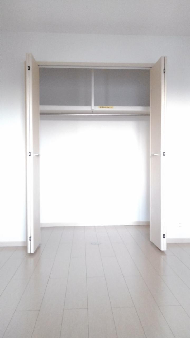 プライム パレス 02040号室の収納