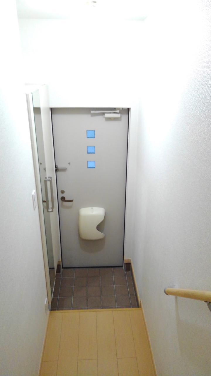 プライム パレス 02040号室の玄関