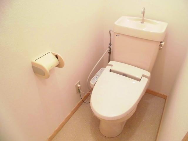 パルネット石田 02010号室のトイレ