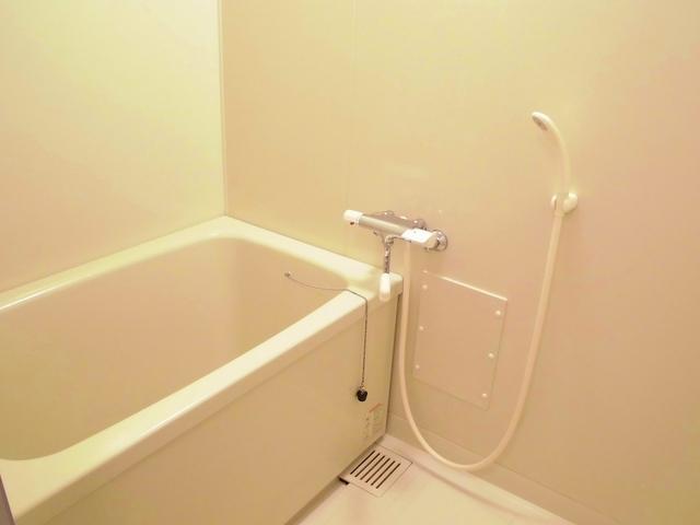 パルネット石田 02010号室の風呂