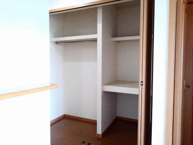 フィオーレ・アロッジオⅡ 01030号室の収納